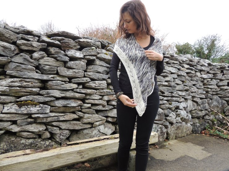 Châle Lily Caroline Ménard boutique chat qui tricote hegdedog yarn phildar pure mérinos (1)