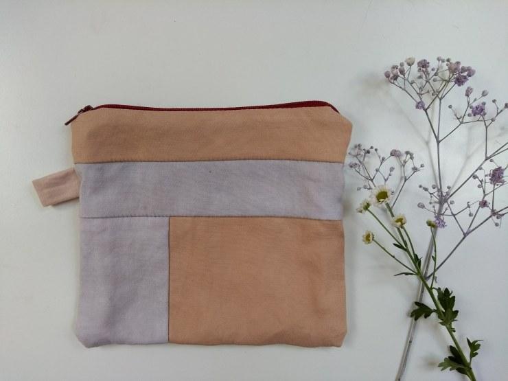pochette cousu main hand sewn clutches bag logwood rumex bois de campêche teinture végétale naturelle plantes natural plants dyeing toiletery bag plants lover (4)