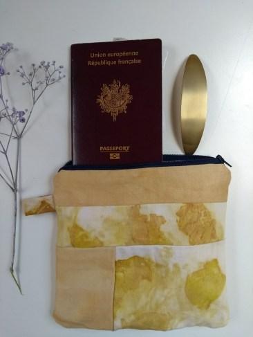 pochette cousu main tissus teinture végétale naturelle plantes écoprint impression végétale oignon artisanal sionnach yarns (3)