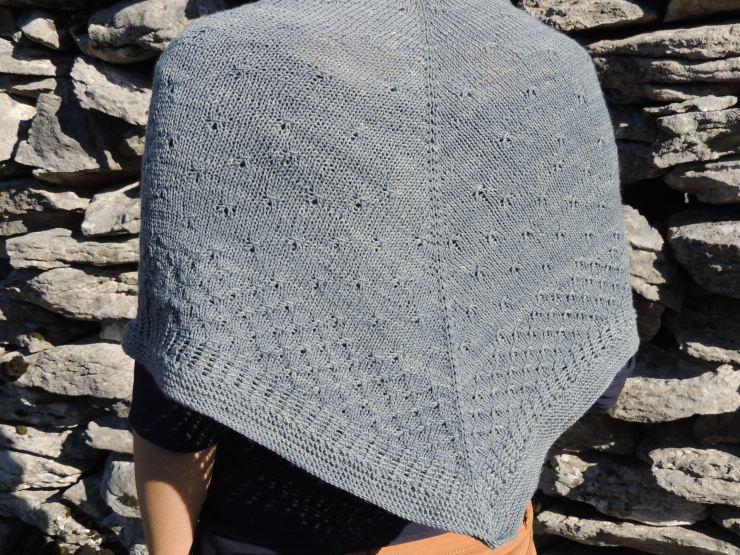 châle syrma patron français anglais lilofil sionnach yarn fingering teinture naturelle laine teinte main plante laine irlande (7)