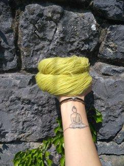 teinture laine fingering ortie naturelle végétale laine teinte main irlandenettle dyeing expérience (3)bicarbonate de sodium
