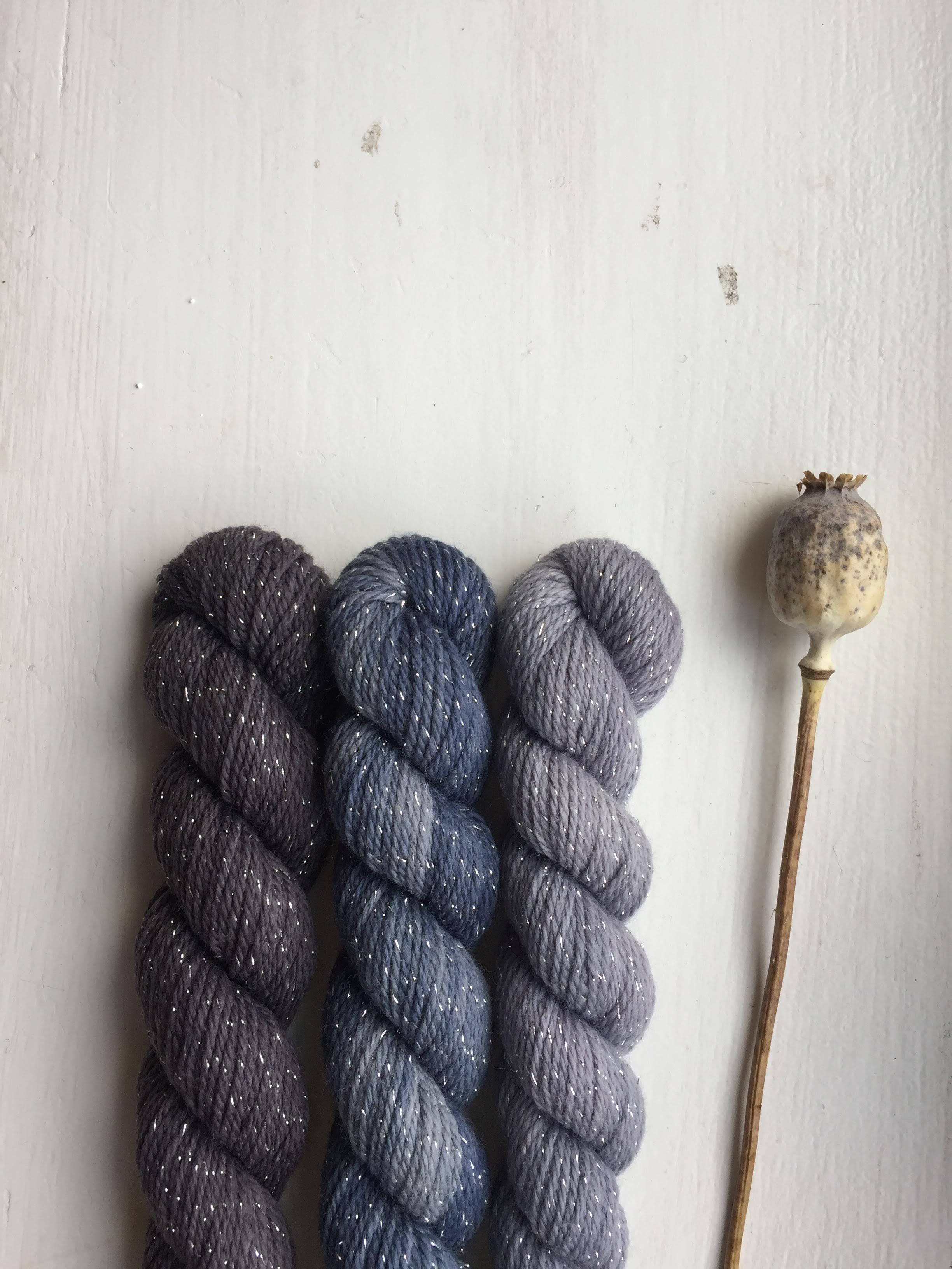 set mini skeins lurex mulesing free merino naturally hand dyed ireland irish indie dyer plant botanical burren teinture végétale naturelle logwood (2) bois de campeche